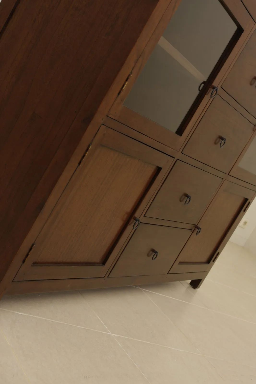Ring plate drawers pulls and door handles