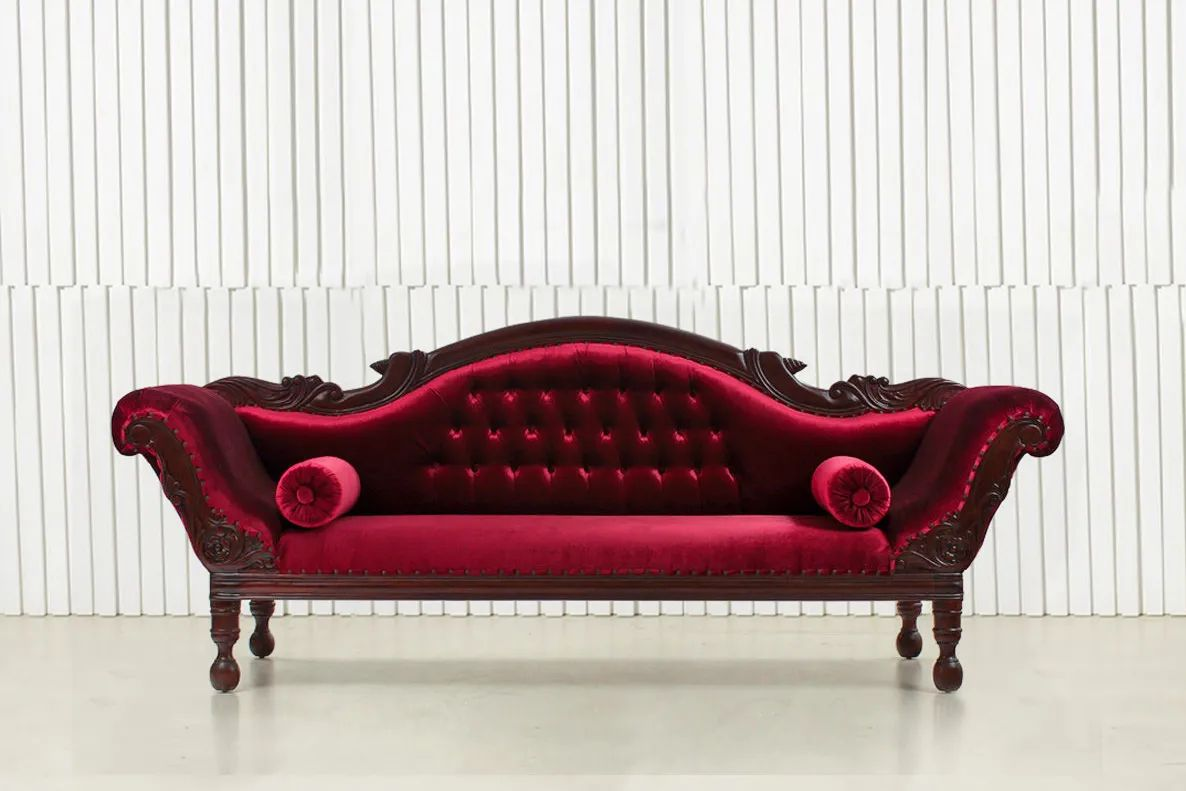 Colonial large sofa front view
