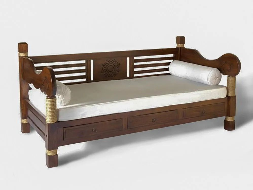 Indonesian original daybed handcrafted of teak solid wood